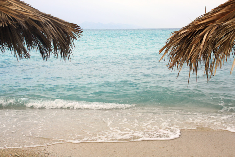 Пляж в Бухте Ксигия