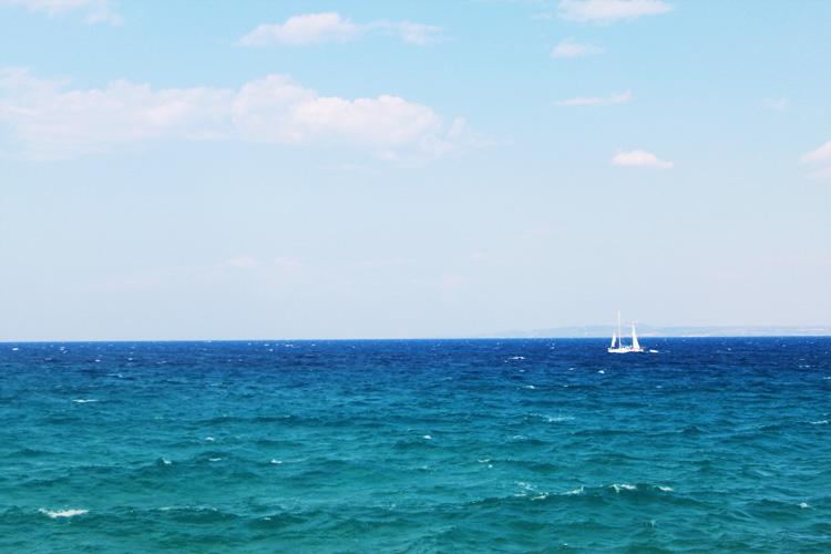 Морской пейзаж Агиос Николаос Василикос